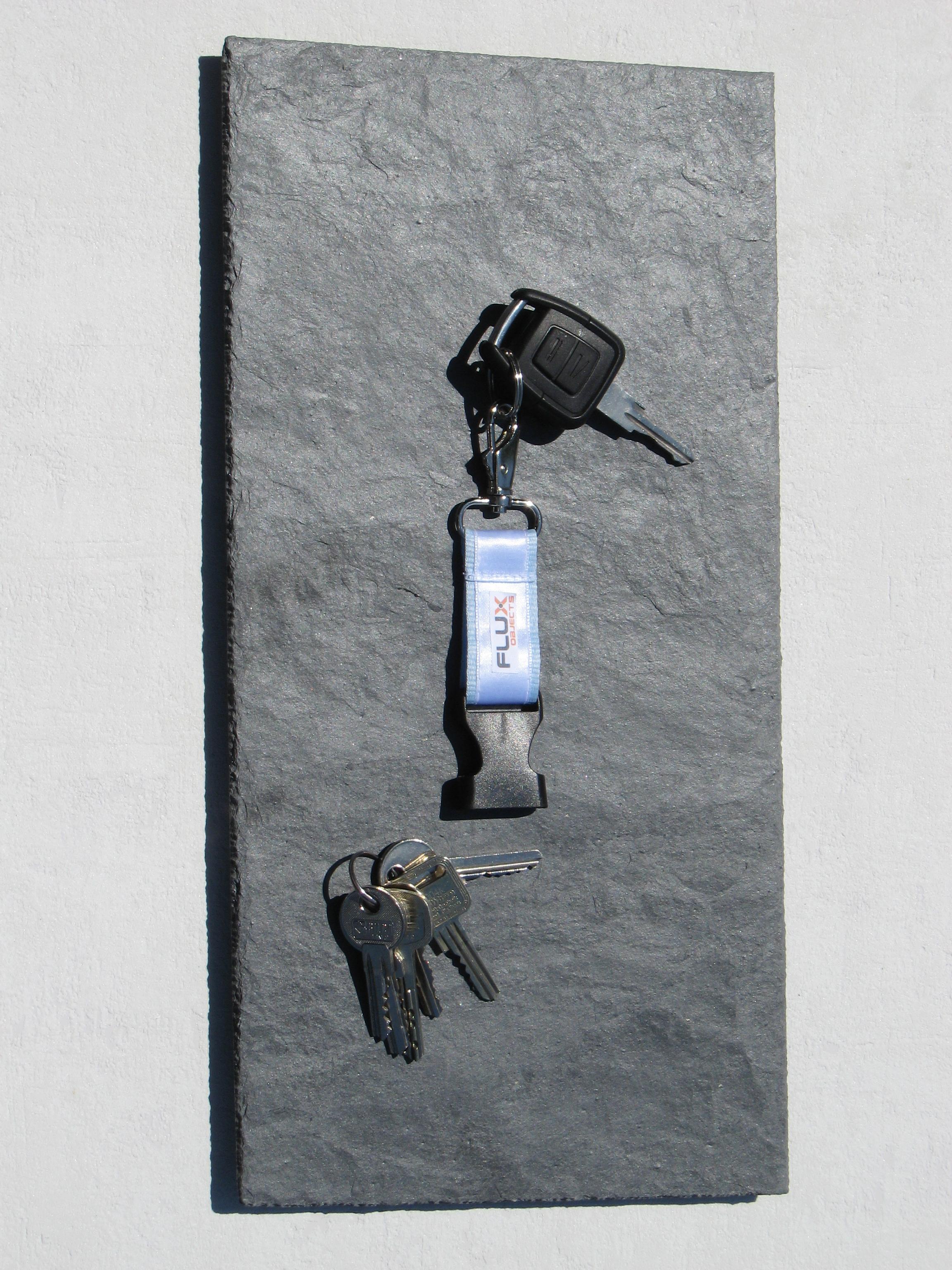 flux pitchboard schiefer schl sselbrett in 20 x 40 cm 191. Black Bedroom Furniture Sets. Home Design Ideas
